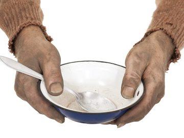 הדילמה של יד אליעזר: בתי תמחוי או ארוחות חמות עד הבית?